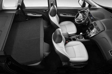 dongfeng X3 SUV, motor Mitsubishi 1.6L/5MT., 5 asientos.